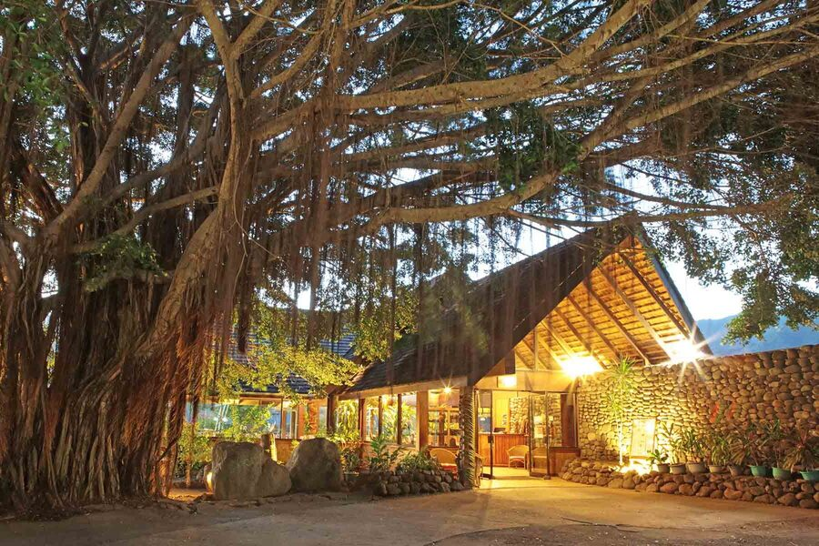 ©Hiva Oa Hanakee Lodge